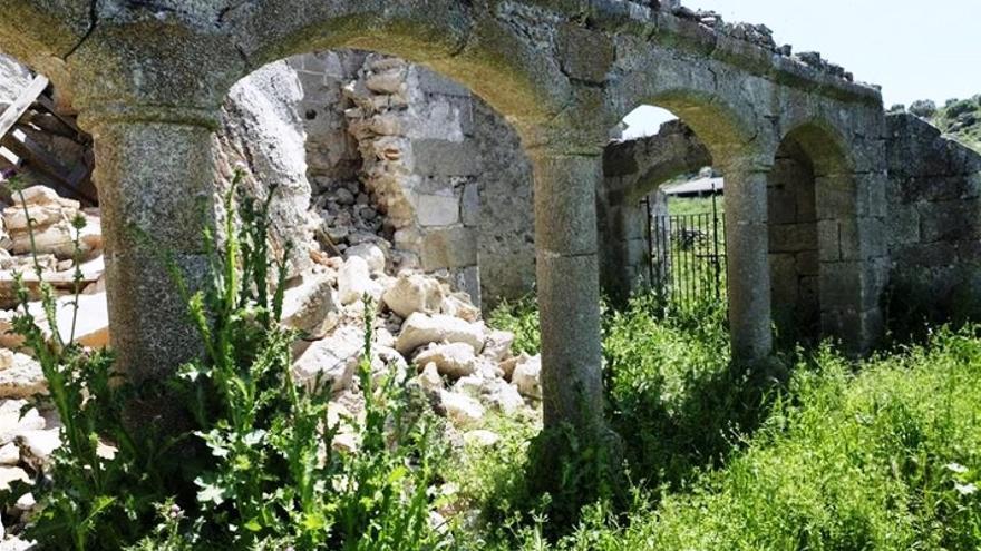 Imagen de la iglesia  derruida / Hispania Nostra