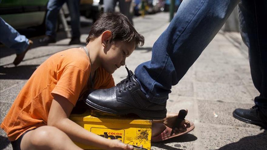 Uruguay debe evitar la explotación laboral de niños, según la ONU