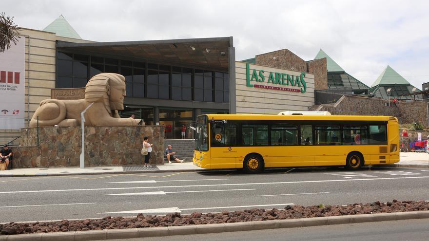 Guagua municipal en el Centro Comercial Las Arenas