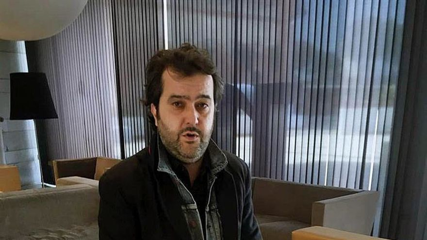 """Álvaro Colomer: """"La gente se acomoda en la idea de ser pacifista"""""""