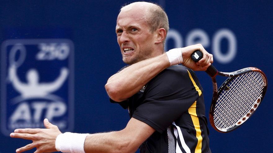 El tenista ruso Nikolay Davydenko, sospechoso de haber amañado un partido durante un partido en Estoril en 20009 / José Goulão \ Wikimedia Commons