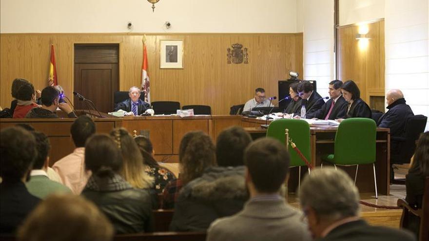 Una vecina afirma en el juicio que oyó los gritos del hombre asesinado por su exnovio en Valladolid
