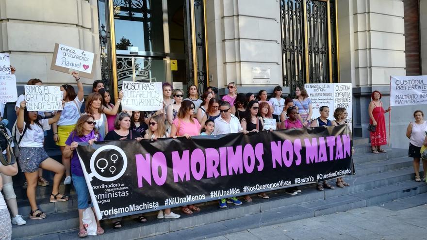Concentración en Zaragoza por el último asesinato machista