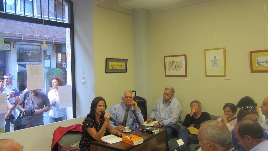 """Diada- Borrell lamenta que se haya convertido en una """"manifestación pro-independentista"""" y dice que no habrá referéndum"""