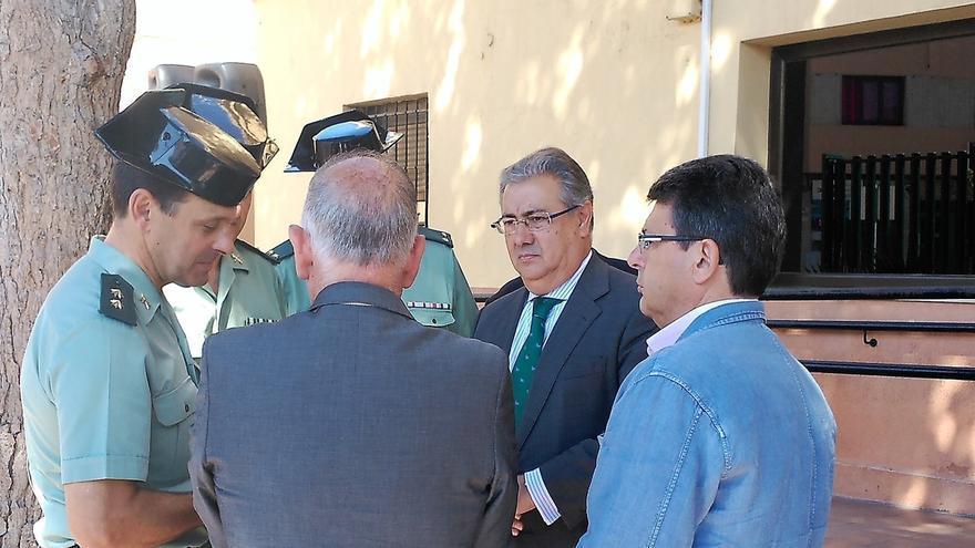 """Zoido advierte que los Mossos tiene por misión """"hacer cumplir la ley"""", no facilitar el referéndum"""