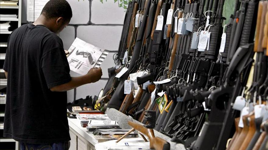Tiroteo tras tiroteo, EE.UU. sigue sin controlar sus armas