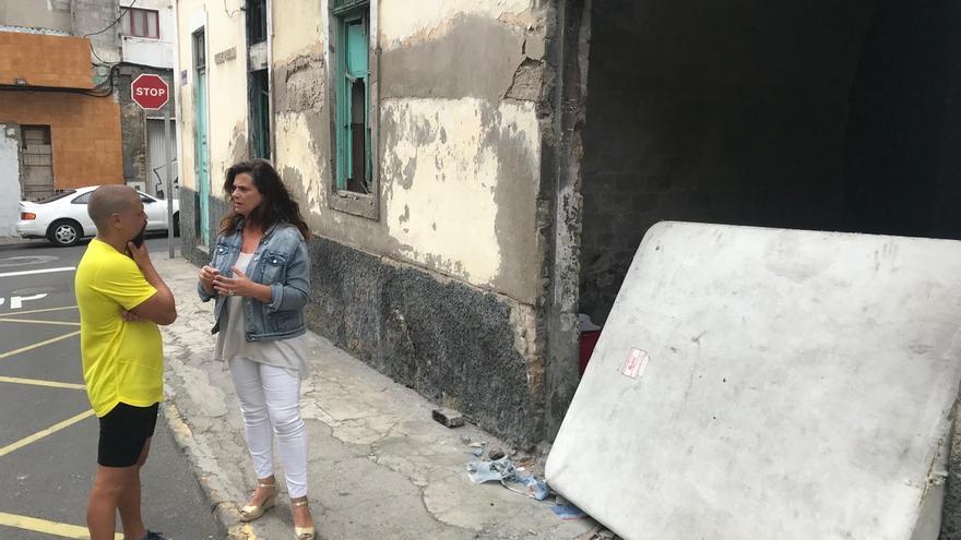 La concejala Rosa Viera alude a las críticas de algunos vecinos sobre una vivienda en La Isleta.