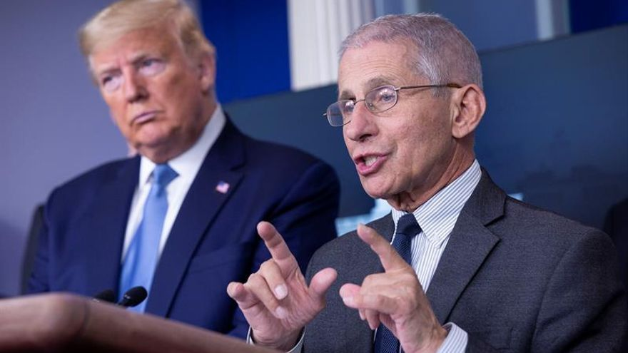 El doctor Fauci, equilibrio y presión a Trump en la lucha contra el COVID-19