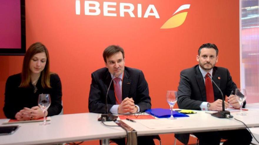 Iberia condiciona la apertura de nuevas rutas al acuerdo con los sindicatos
