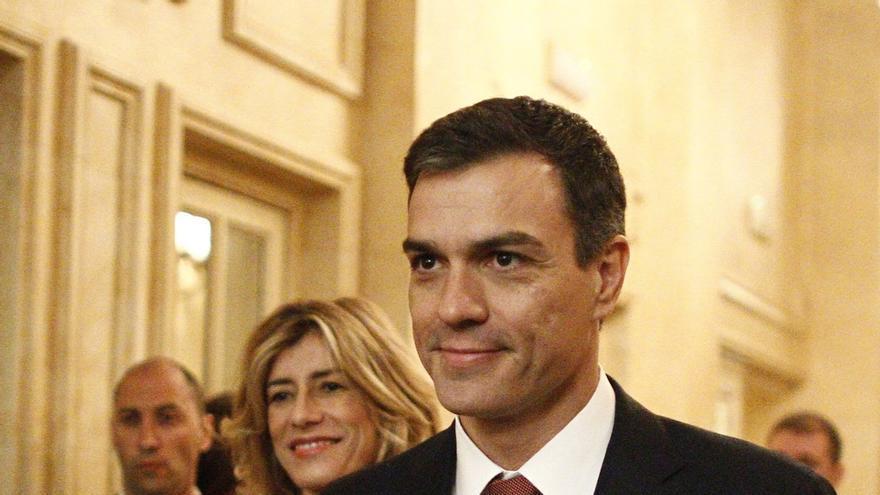 """Pedro Sánchez espera que el viaje de Albert Rivera a Venezuela """"sirva para ayudar a mejorar las cosas"""""""
