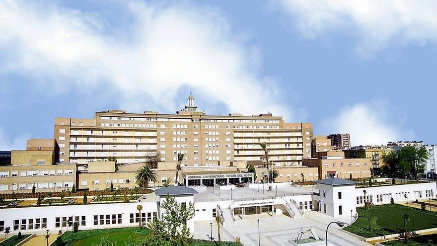 """Ingresado en la UCI en estado """"crítico"""" el herido grave en el incendio de una planta de Guillena"""