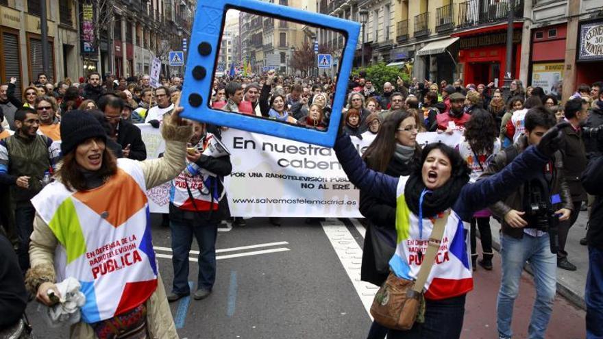 Los trabajadores de Telemadrid vuelven a la calle en el aniversario de su ERE