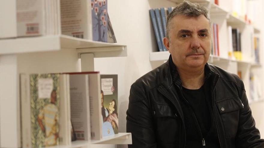 """Manuel Vilas: """"Mi generación lleva el sentimiento de culpa de serie"""""""