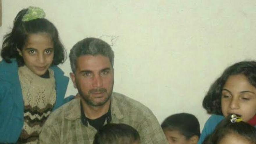 Ali Gass Sahw con su familia antes de huir de la guerra siria | Imagen cedida a eldiario.es