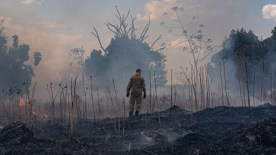 Destrucción de la Amazonía por incendios forestales en agosto de 2019.