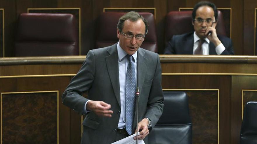 """Gobierno y Amaiur se acusan de """"no respetar"""" la foralidad de Navarra"""