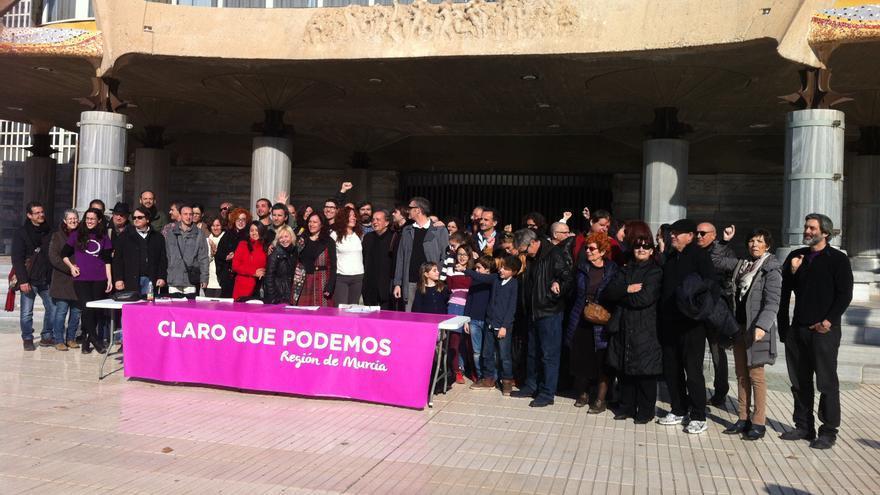 La candidatura afín al grupo de Pablo Iglesias, 'Claro que Podemos', se presenta en el proceso constituyente autonómico de Murcia
