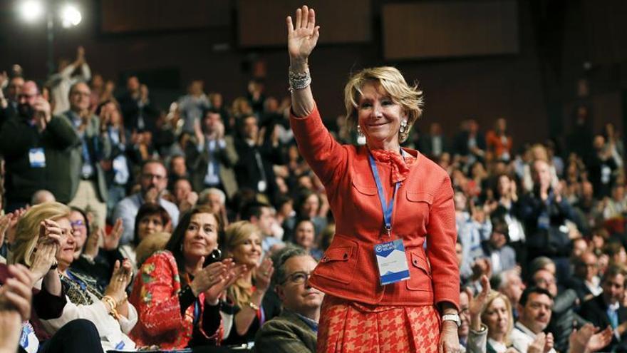 El PSOE pide la dimisión de Esperanza Aguirre