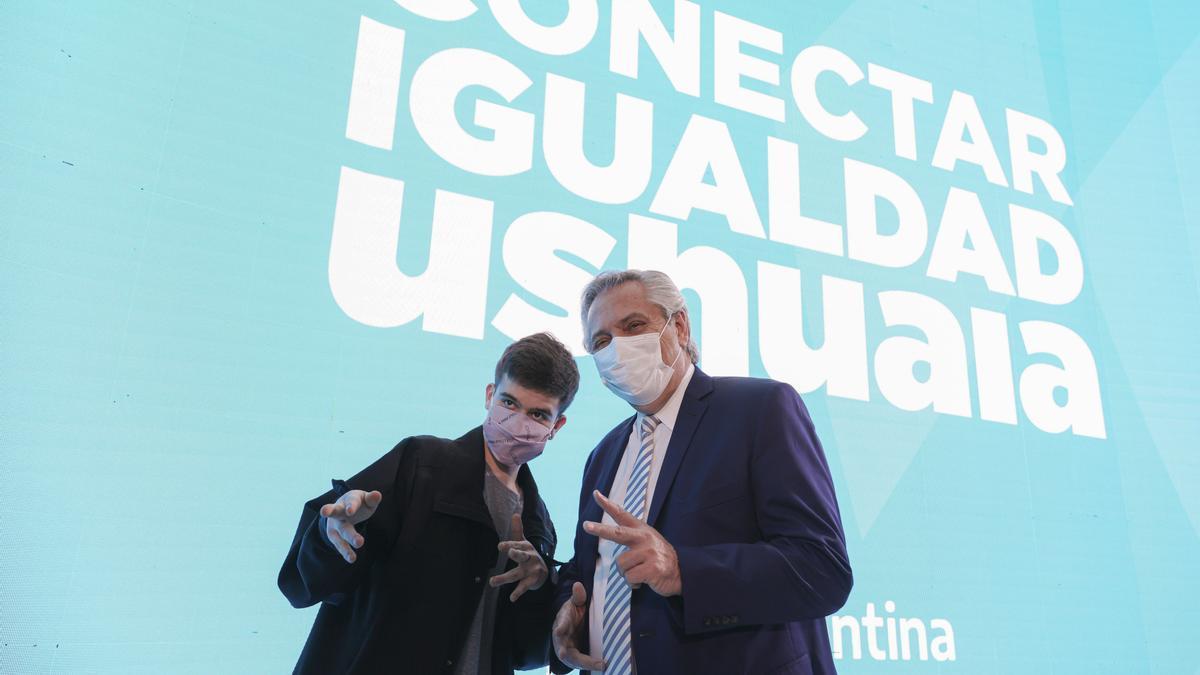 El presidente Alberto Fernández encabezó el acto de lanzamiento del Programa Conectar Igualdad Ushuaia