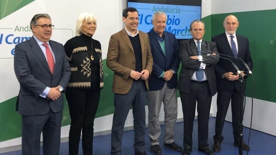 Moreno reúne a sus predecesores al frente del PP-A para celebrar su primer aniversario como presidente de la Junta
