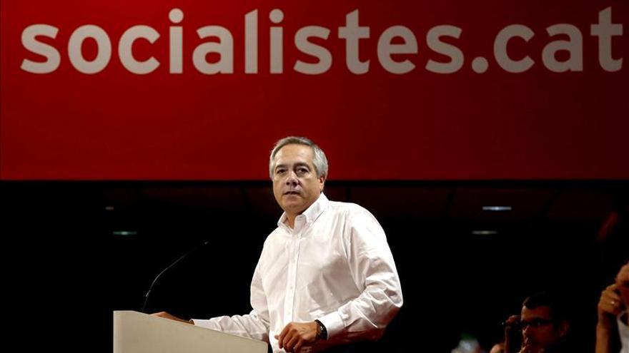 """Navarro asegura que la Constitución """"se reformará"""" pese a las reticencias del PP"""
