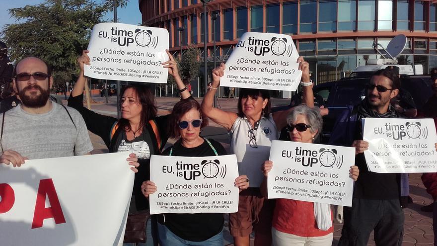 C:\fakepath\Concentracion ante G60 Sevilla 1.jpg
