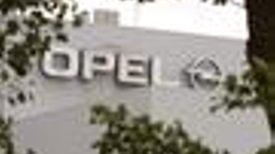 Fachada de la fabrica de Opel
