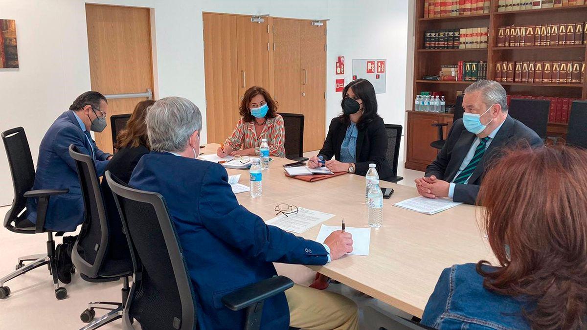 Reunión de constitución de la Oficina Fiscal en Córdoba.