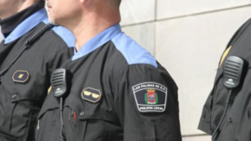 Miembro de la Policía Local de Las Palmas de Gran Canaria. (CANARIAS AHORA)