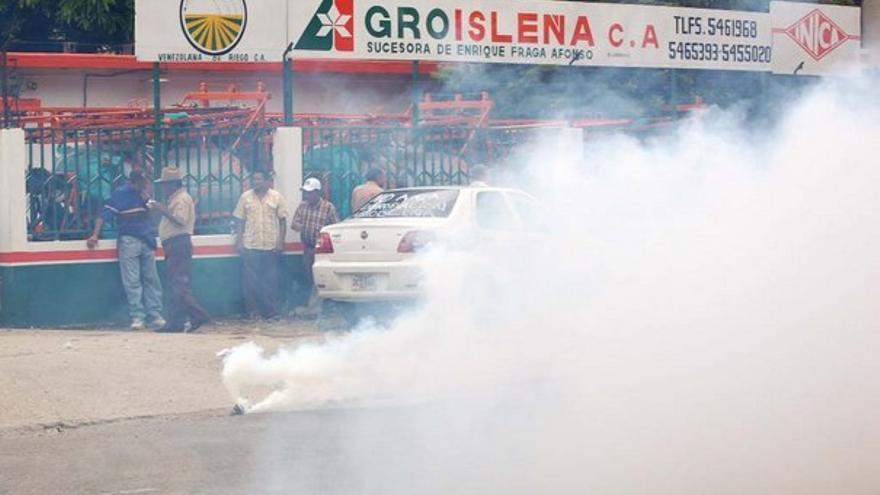 Los trabajadores de AgroIsleña, durante las protestas. (ACFI PRESS)