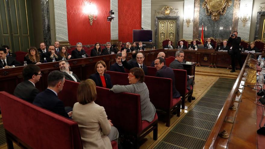 Dura ofensiva parlamentaria de la derecha contra Sánchez por los indultos