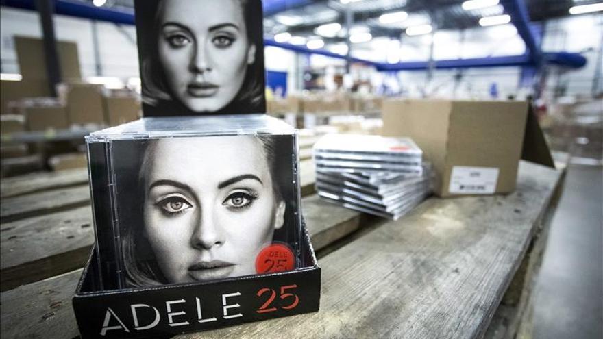 """Adele, """"25"""" y otros discos remolones que conquistaron 2015"""