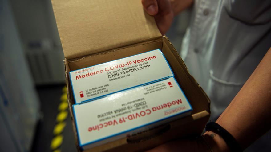 Australia adquiere 25 millones de dosis de la vacuna Moderna contra la covid