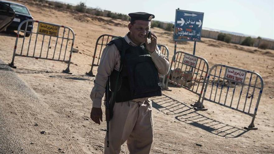 """Los países árabes condenan el """"atroz"""" ataque contra cristianos en Egipto"""