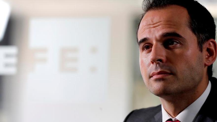 Aguado reafirma su alusión a Aído y Pajín: No aceptamos lecciones del PSOE