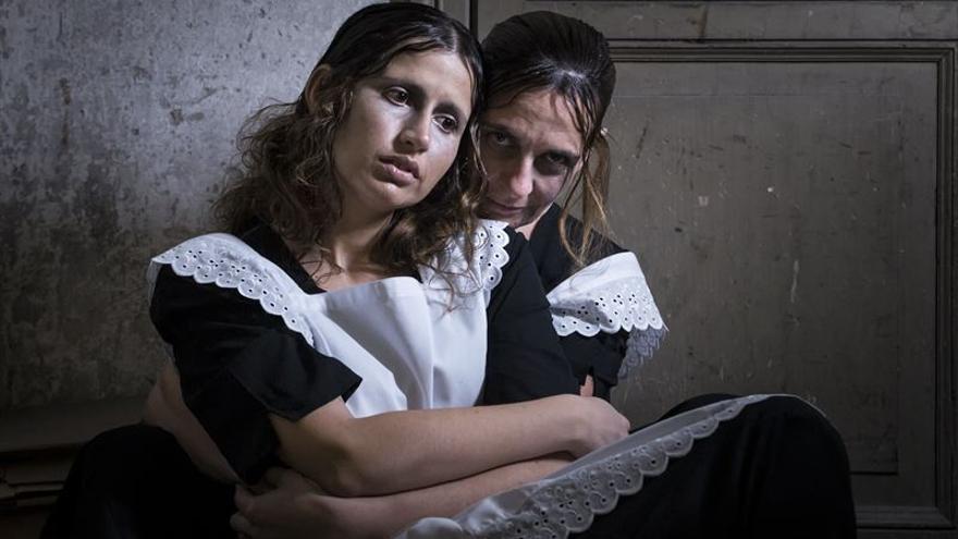 Adaptada y dirigida por Edy Asenjo, 'MAL' está interpretada por Esther Lastra y Eva Paula Ramos.