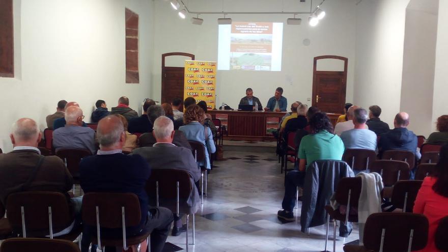 Momento con la presentación de la jornada este miércoles en La Laguna, con presencia del alcalde José Alberto Díaz