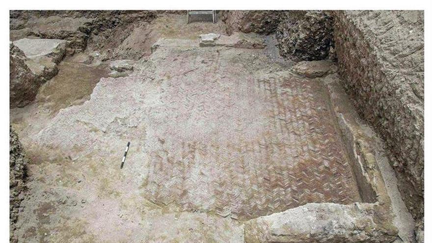 """Descubren un mosaico romano """"único"""" en la ciudad egipcia de Alejandría"""
