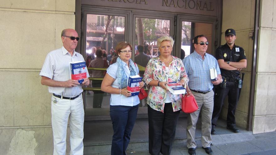 Casi 2.900 personas se han sumado a una iniciativa de la AVT para pedir el cumplimiento íntegro de las penas