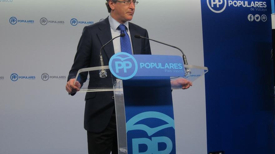 Alonso anuncia el despido de Aldecoa y Pontes que no han justificado gastos de 101.000 euros en 2015