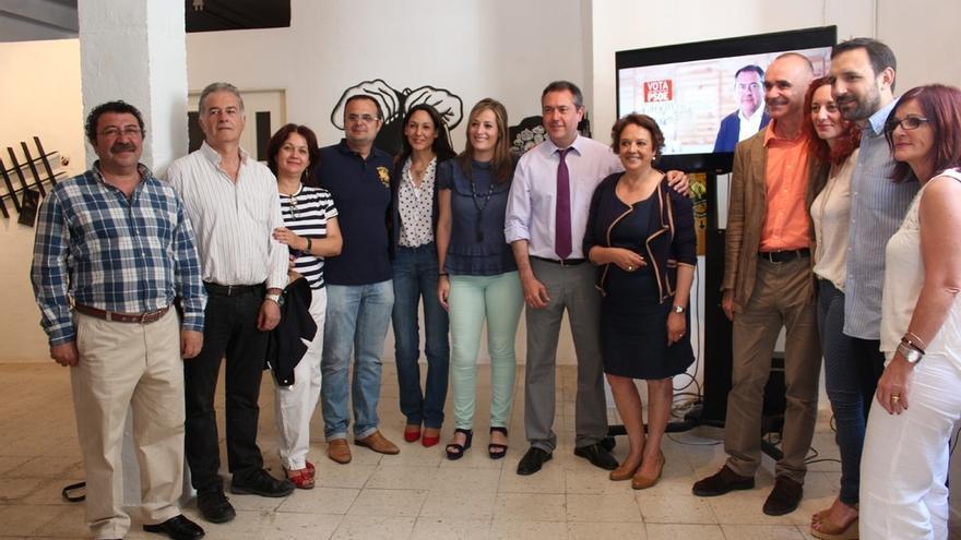 Espadas lanza un vídeo electoral rodado en las viviendas del espacio Rompemoldes