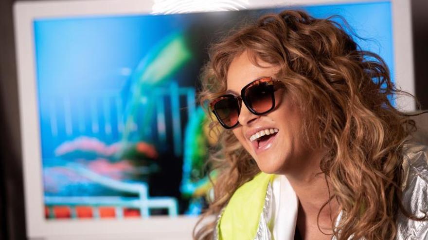 La cantante mexicana Paulina Rubio, durante una entrevista con Efe.
