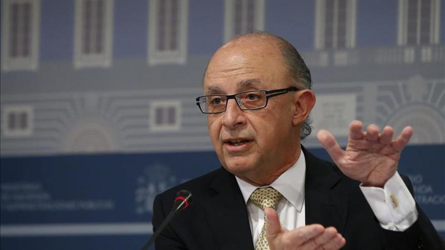 Seis comunidades incumplen sus objetivos de déficit en 2013, según Hacienda