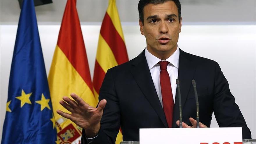 Sánchez reúne mañana a sus 'barones' para fijar una postura sobre Cataluña