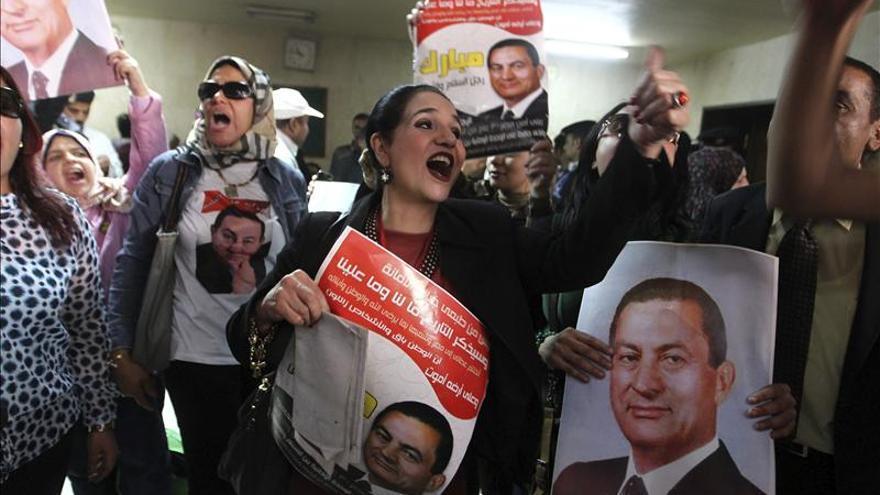 Confirman la absolución de altos cargos de Mubarak por la muerte de manifestantes