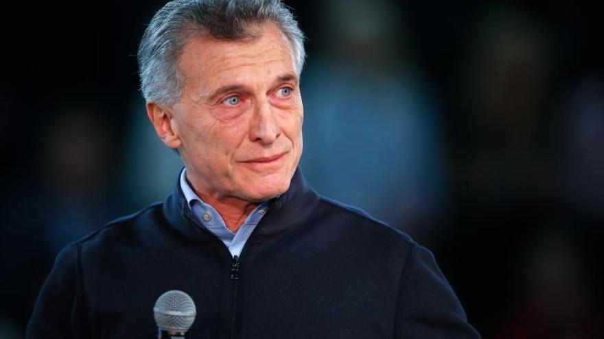 El valor del peso argentino se desploma tras la derrota de Macri en las primarias