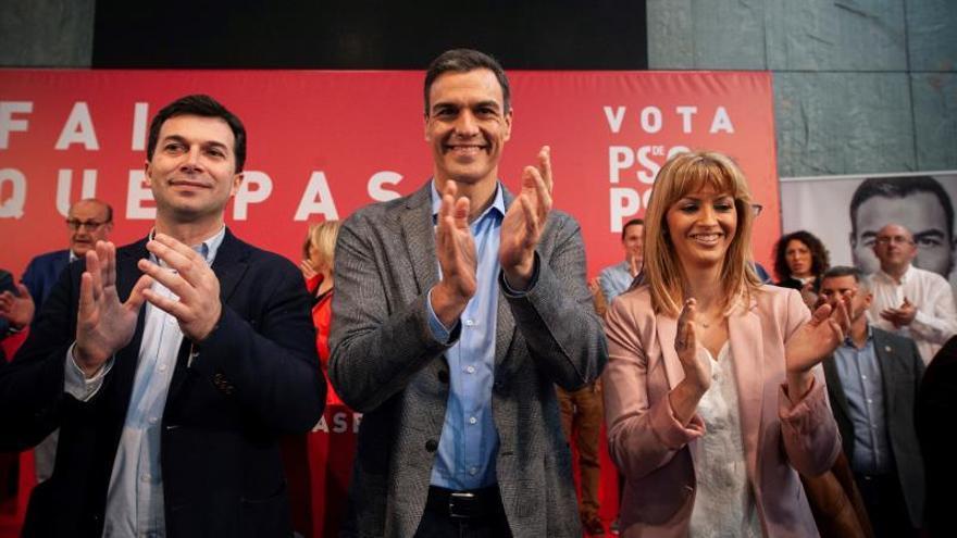 Gonzalo Caballero y Pedro Sánchez
