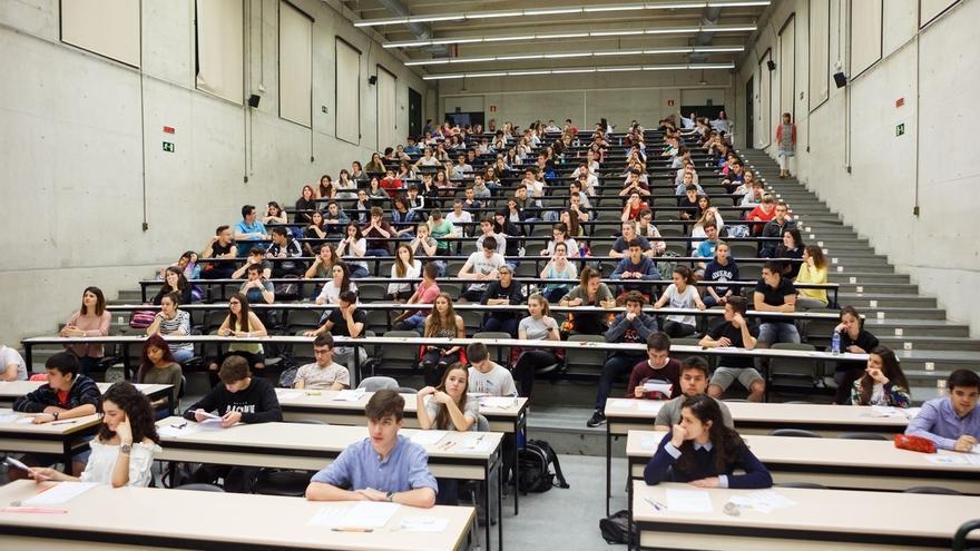 Más de 2.900 estudiantes navarros estrenan en la UPNA la Evaluación de Bachillerato para el Acceso a la Universidad