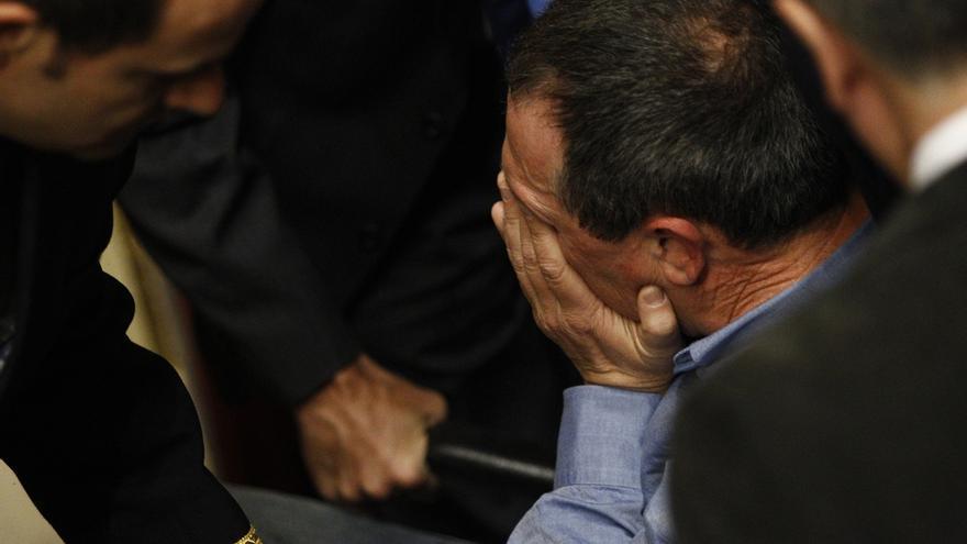 El diputado Joan Baldoví sufre un desvanecimiento cuando intervenía en la tribuna