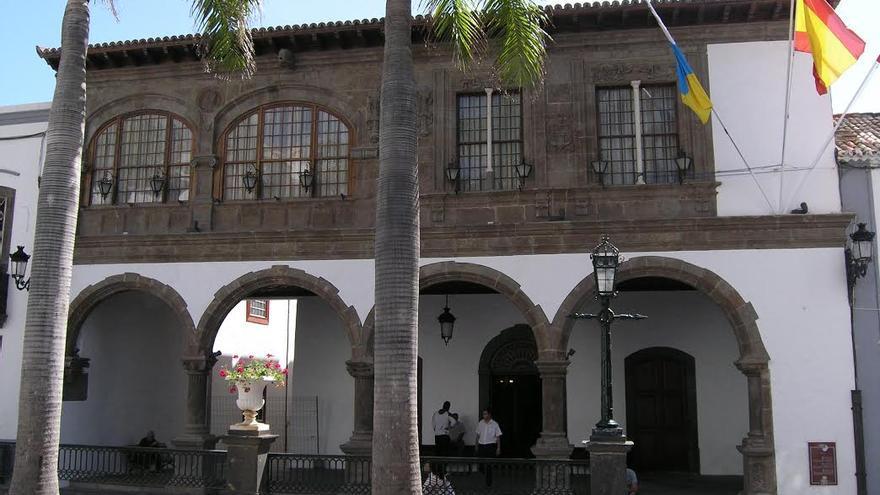 En la imagen, edificio del Ayuntamiento de Santa Cruz de La Palma en la Plaza de España.